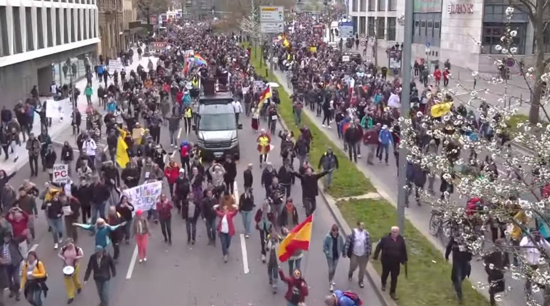 Bericht der Querdenken-711 Demonstration in Stuttgart 03 April 2021